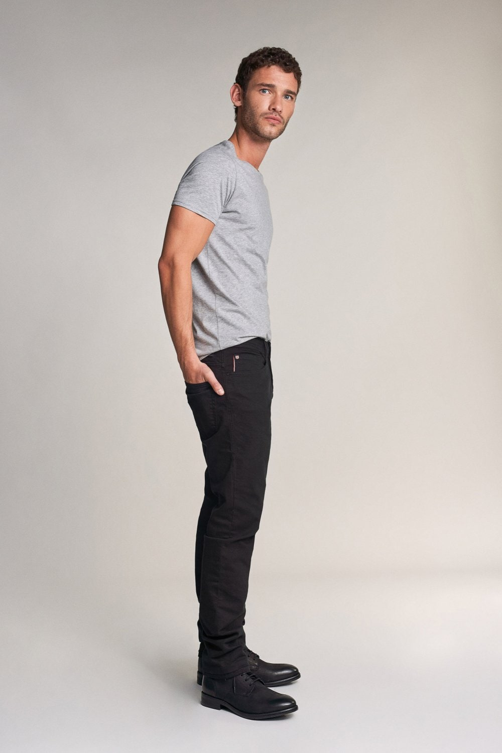 Jeans Lima, Tapered, in Schwarz - Salsa