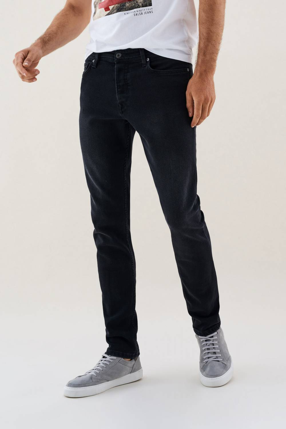 Slender slim carrot jeans with light wear - Salsa