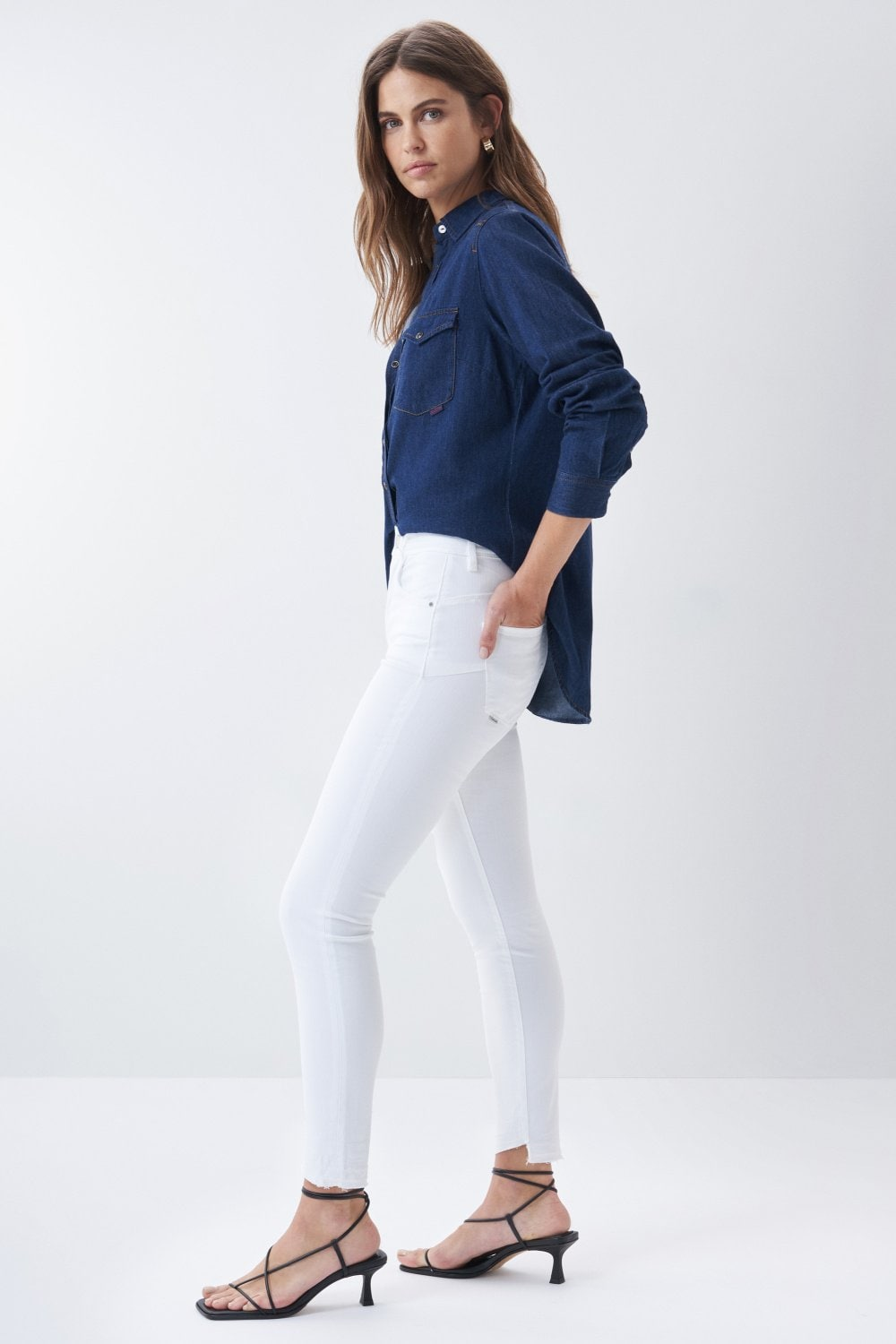 Secret glamour push in capri jeans in coloured fabric - Salsa