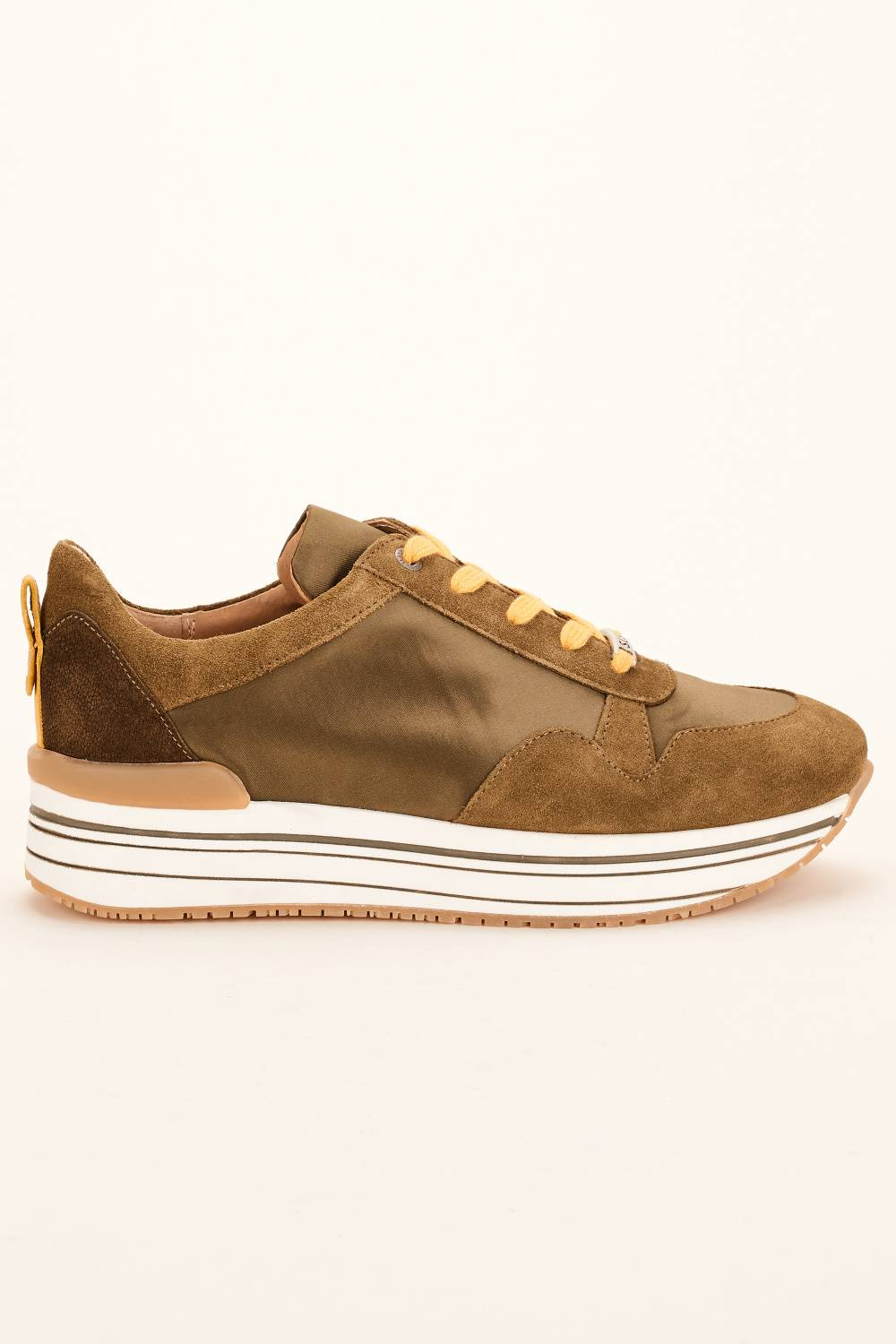 High Sole Sneakers - Salsa