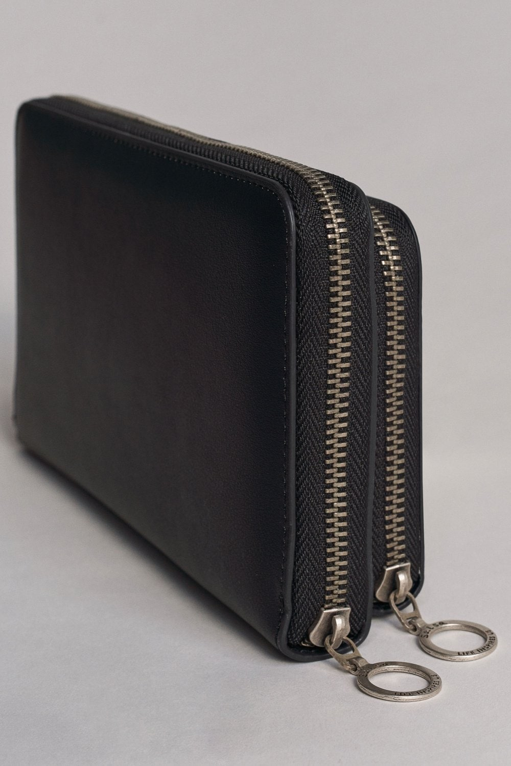 Black purse with details - Salsa