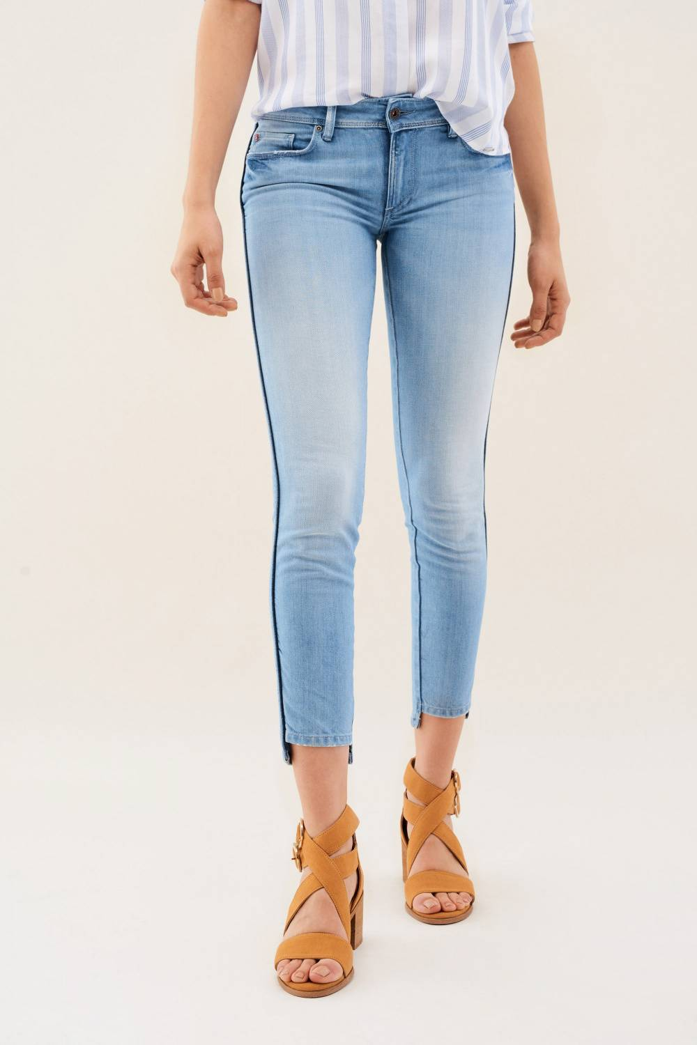Wonder push up jeans with side strips - Salsa