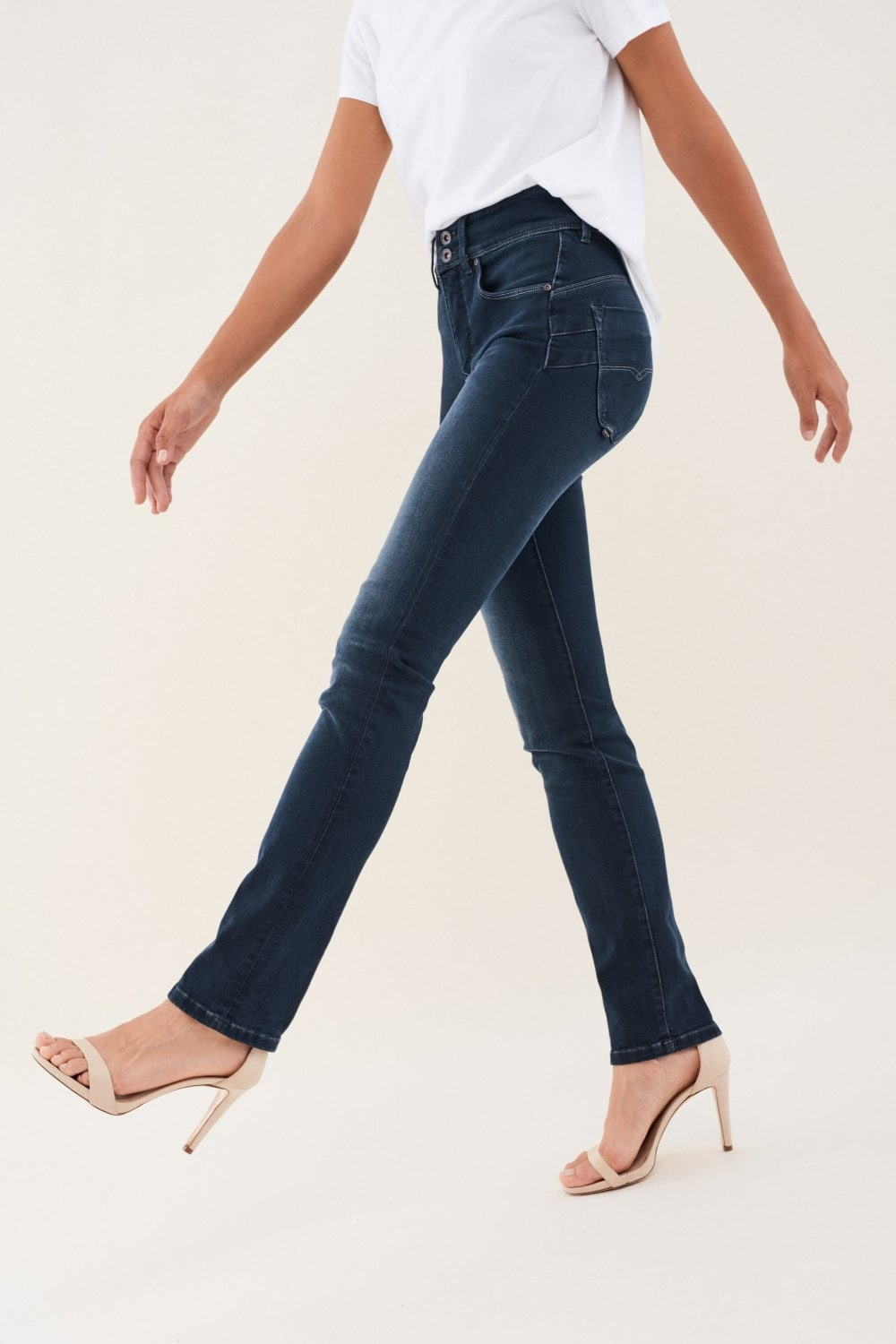Vaqueros secret push in slim en denim - Salsa