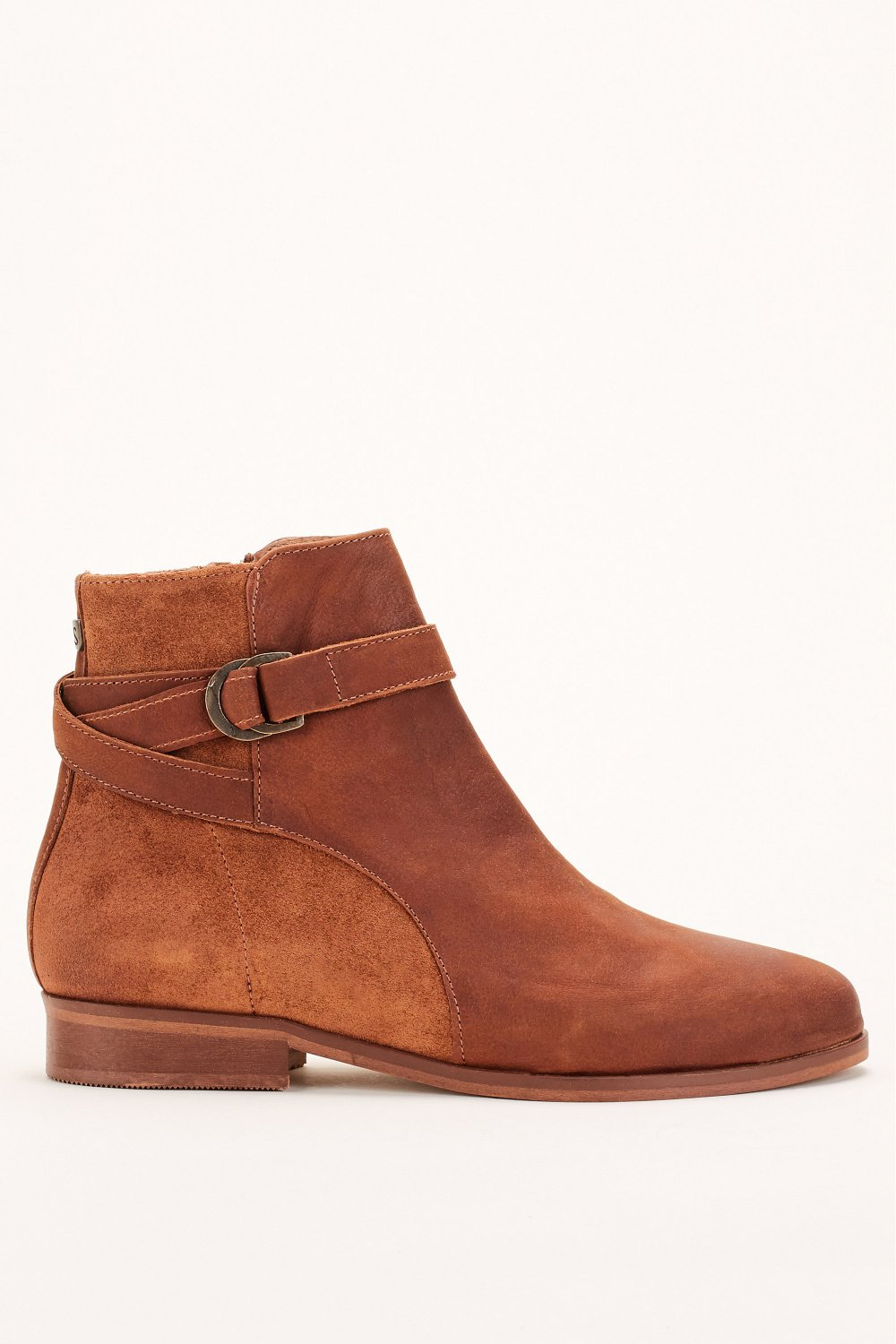 Flat ankle boots in leather - Salsa