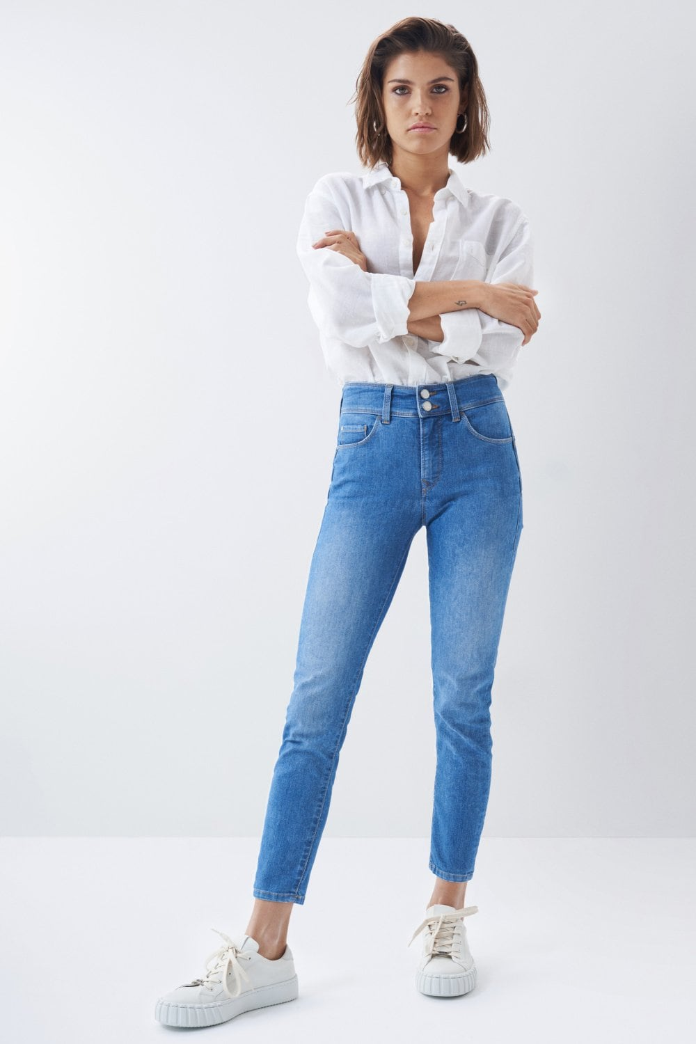 Jeans secret push in de lavagem clara - Salsa