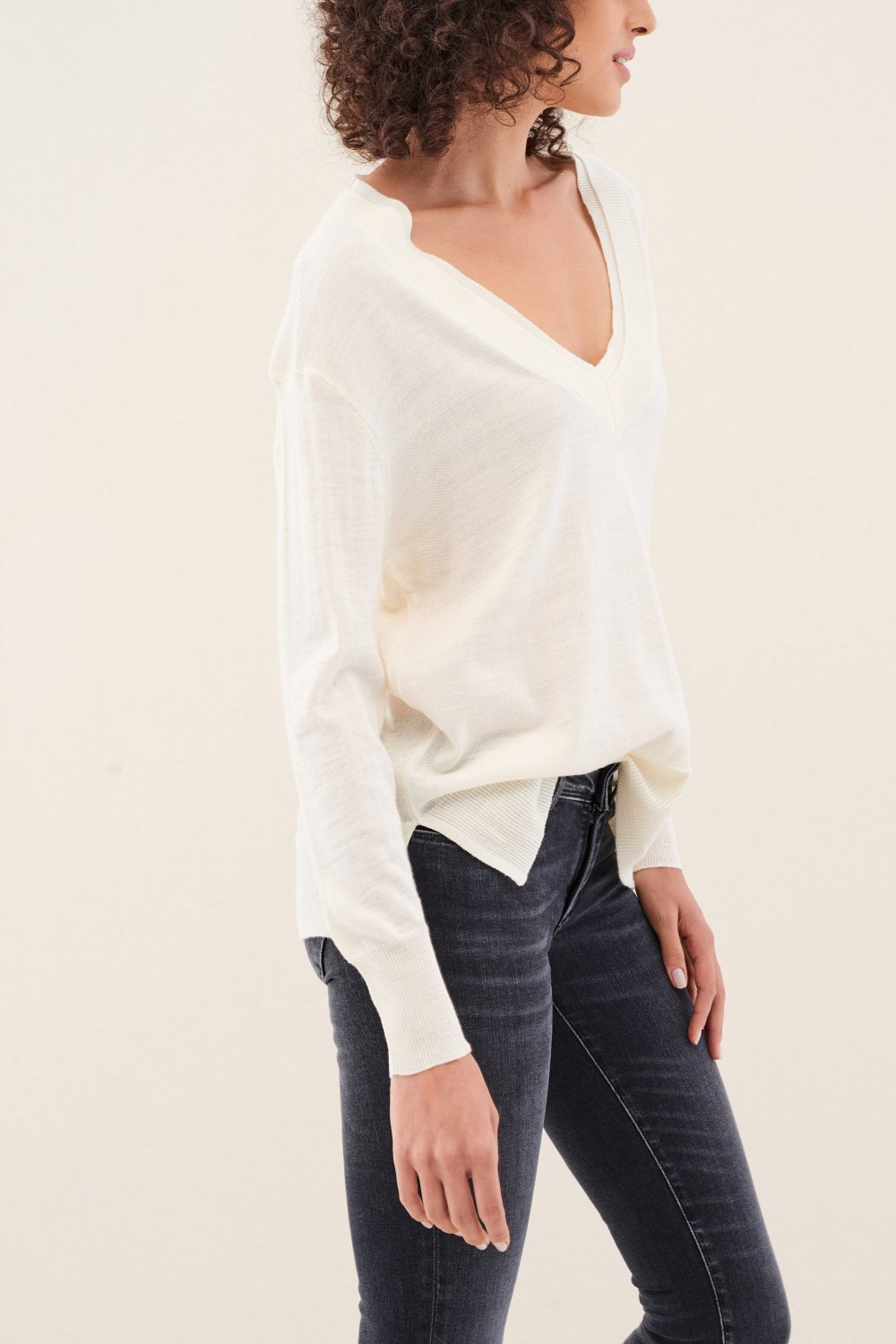 V-neck jumper - Salsa