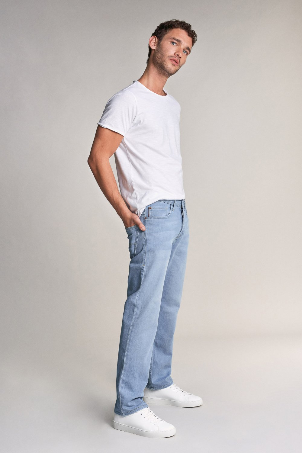 Navarro straight jeans in light rinse - Salsa