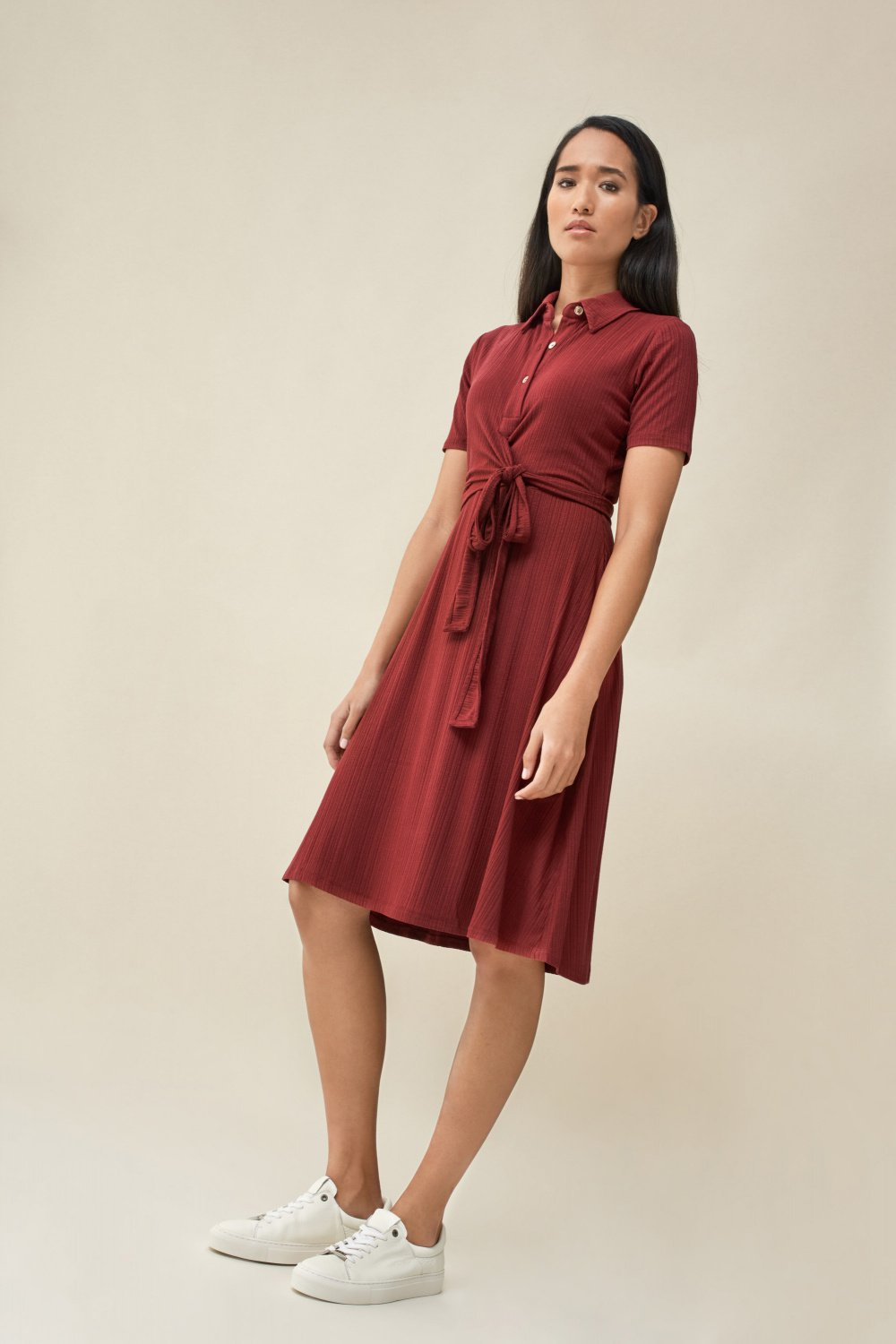 Knitted dress with belt - Salsa