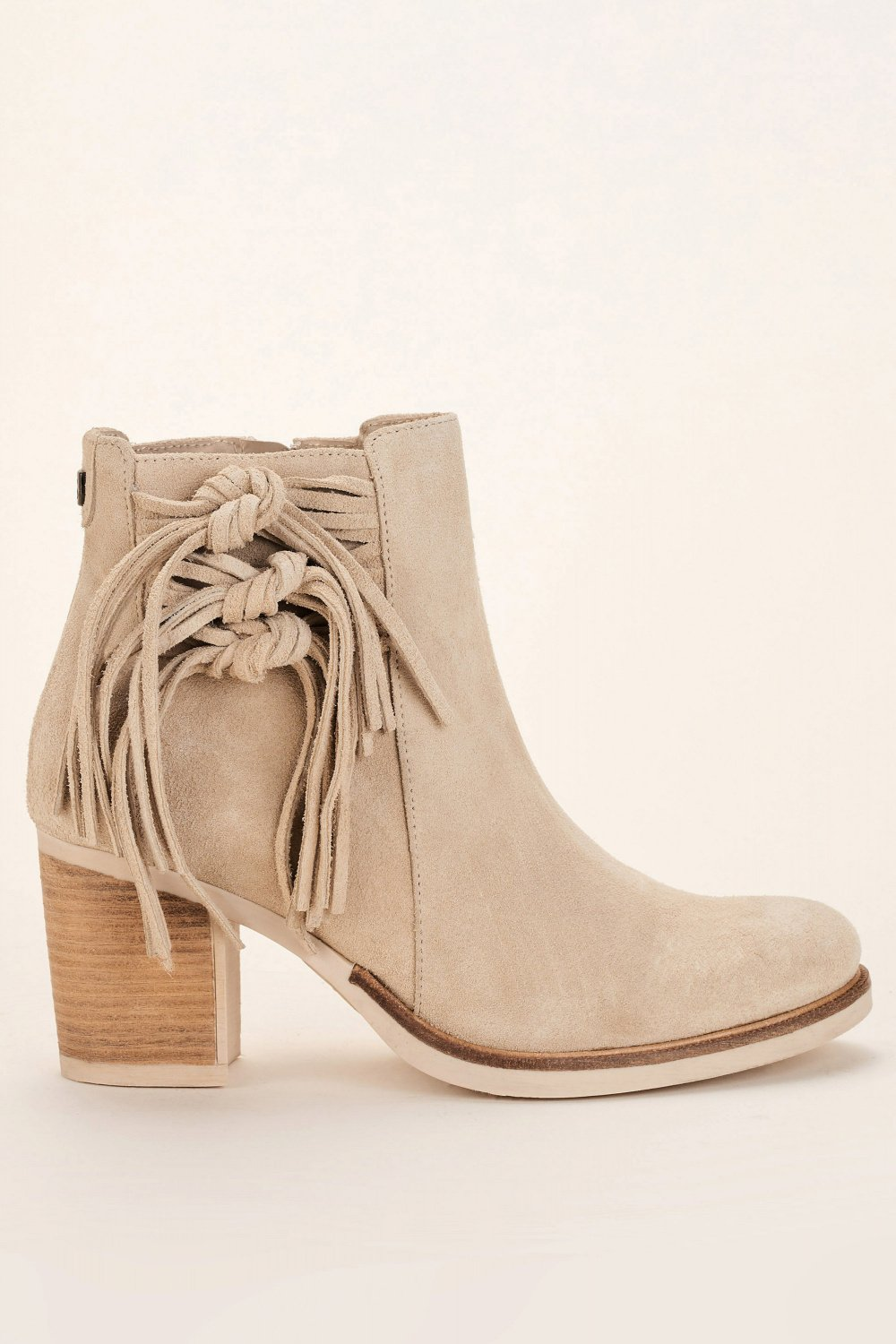 Leather ankle boots with tassels - Salsa