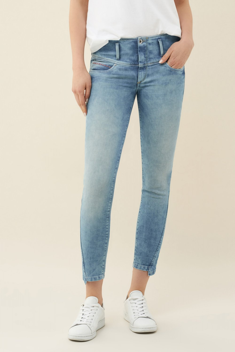 Jeans Mystery Push Up capri - Salsa