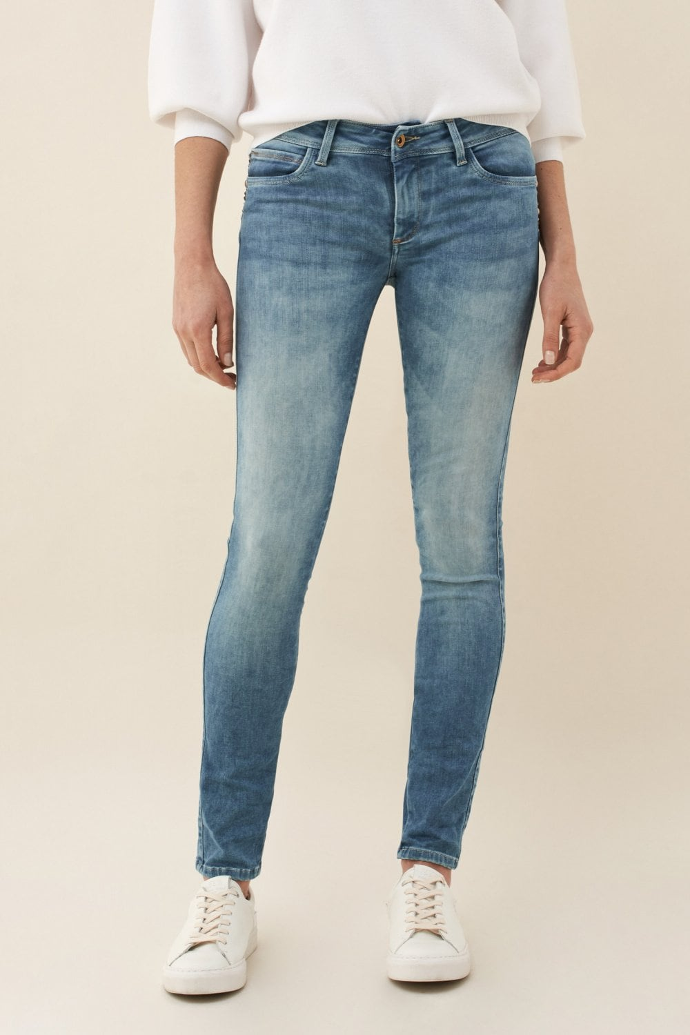Jeans Push Up Wonder skinny con decorazioni in legno - Salsa