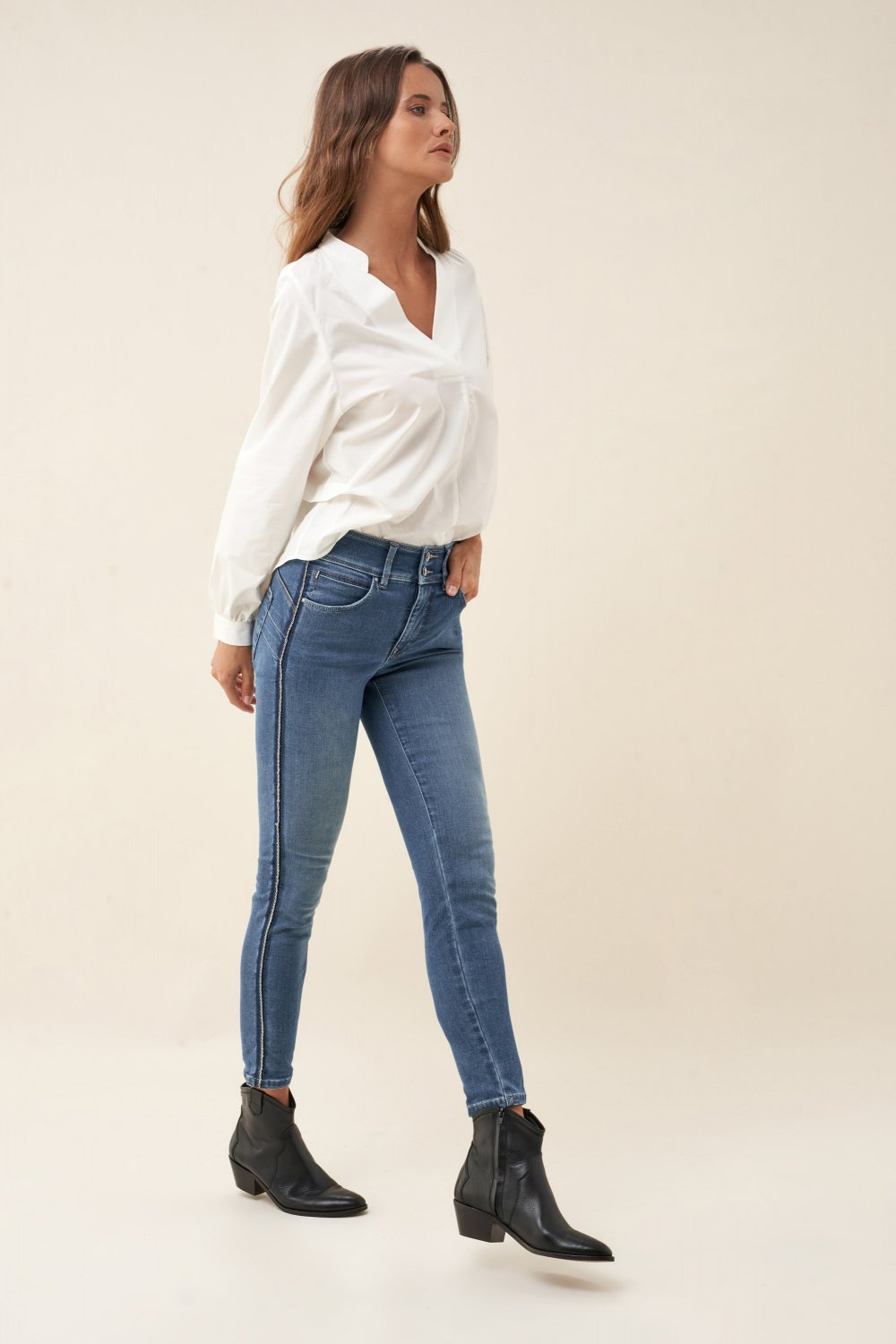 Push In Secret capri jeans with side detail - Salsa