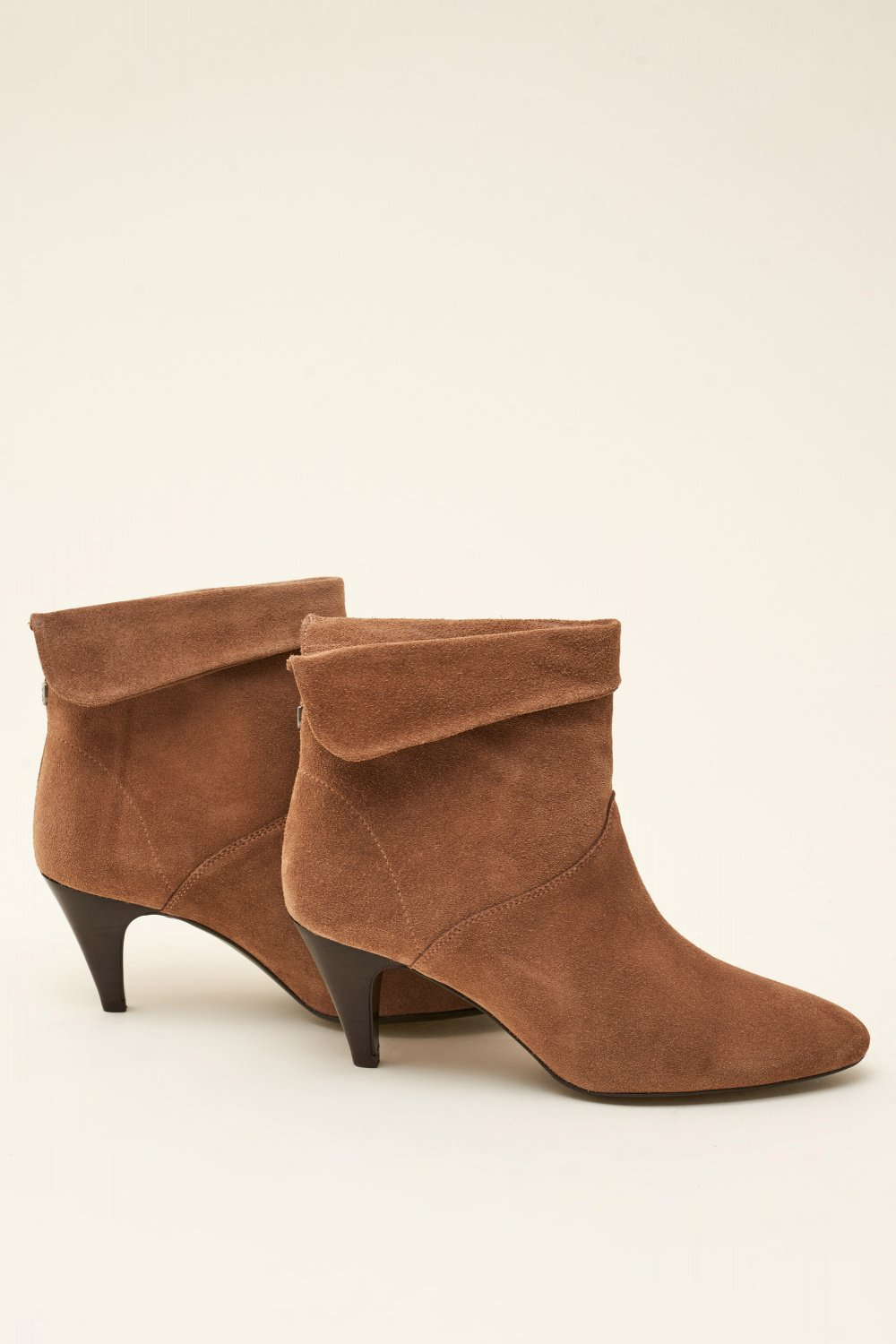 Leather ankle boot with crease - Salsa