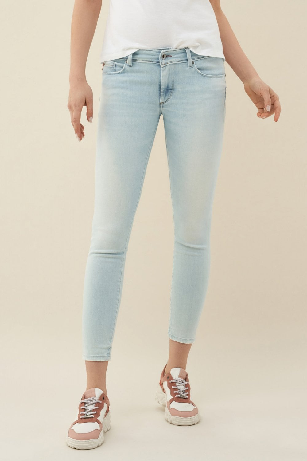 Jeans Push Up Wonder, Caprihose, Bleach - Salsa