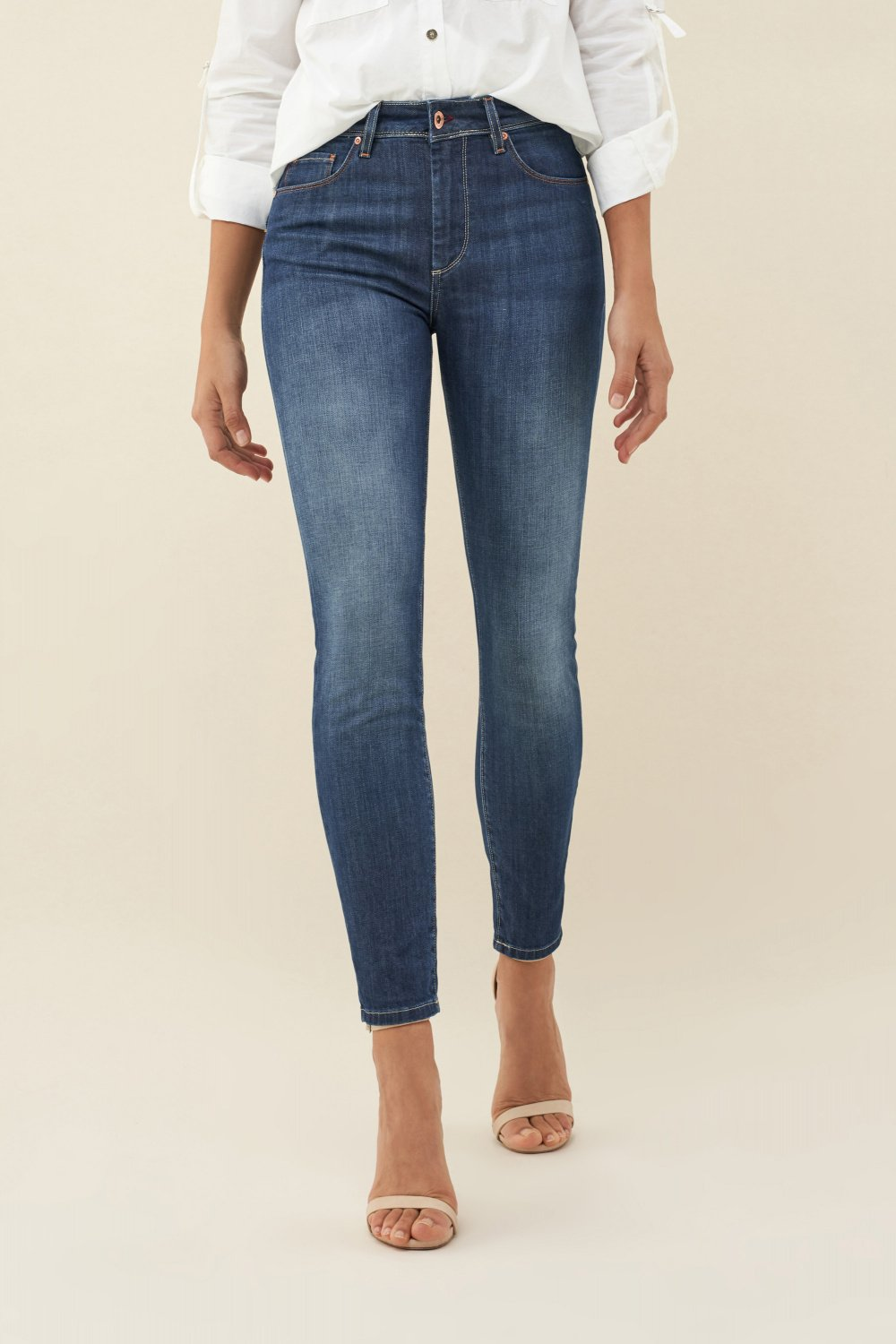 Jeans Push Up Wonder capri cintura alta - Salsa