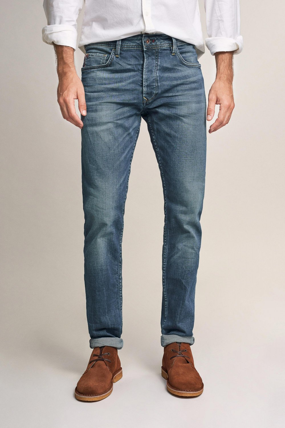 Lima tapered jeans with wear - Salsa
