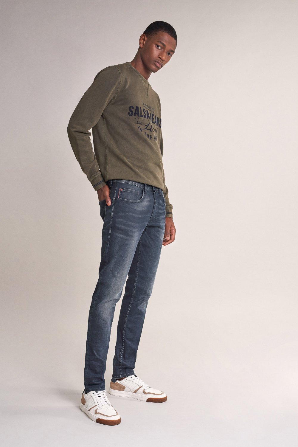 Andy slim jeans with wear on back pocket - Salsa