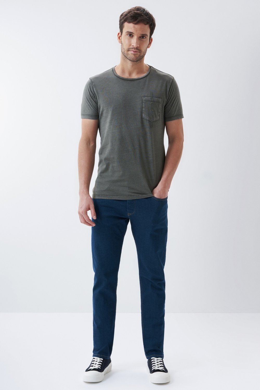 T-shirt with plant dye and pocket - Salsa