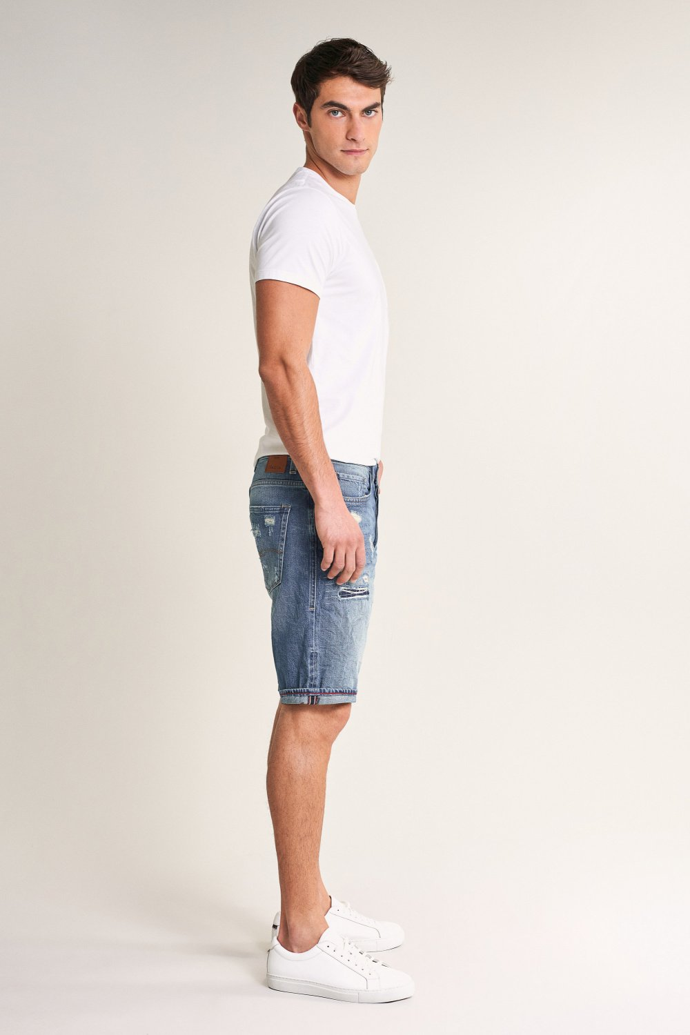 Brandon loose shorts in denim with rips - Salsa