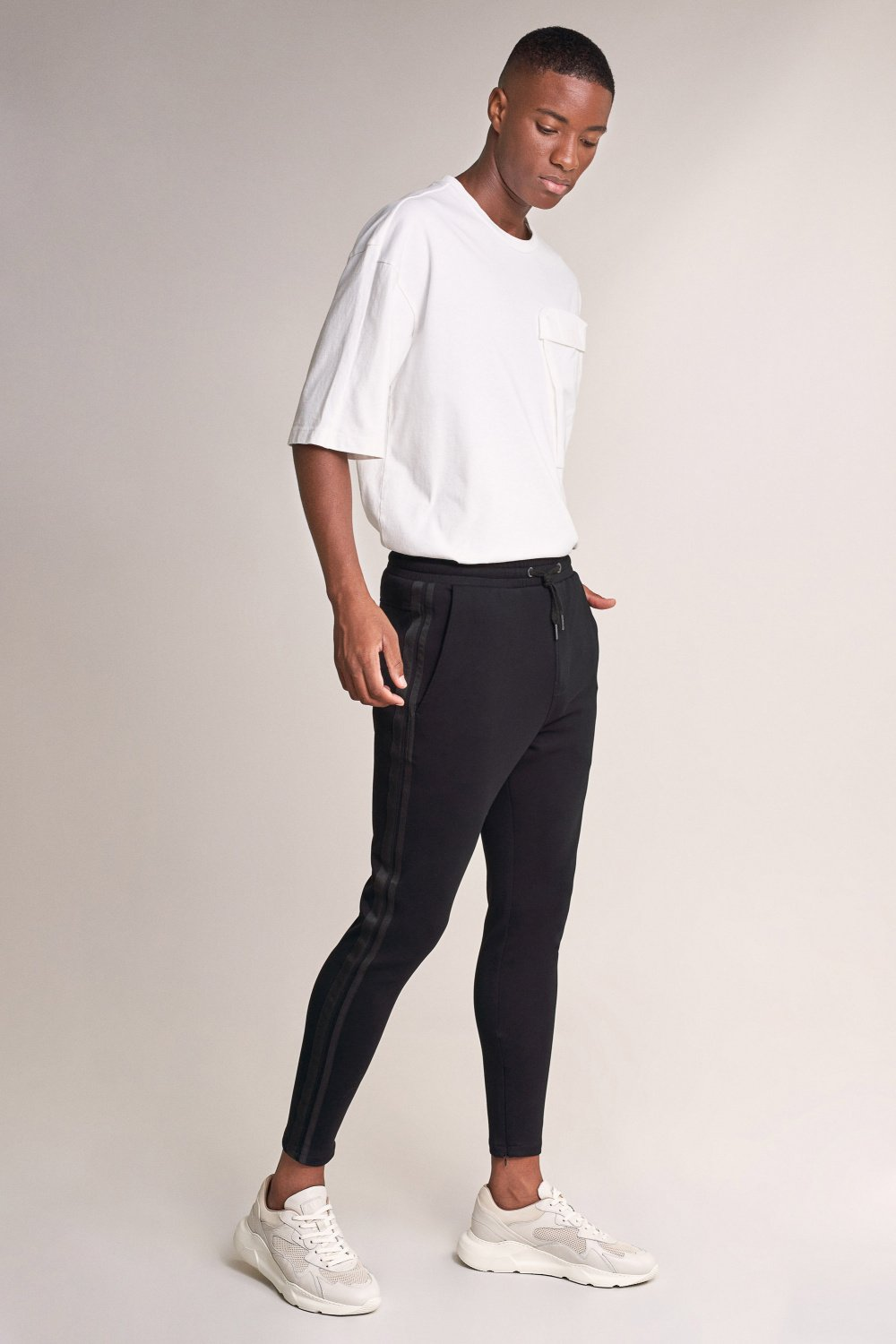 Karl loose slim joggers with drawstring - Salsa