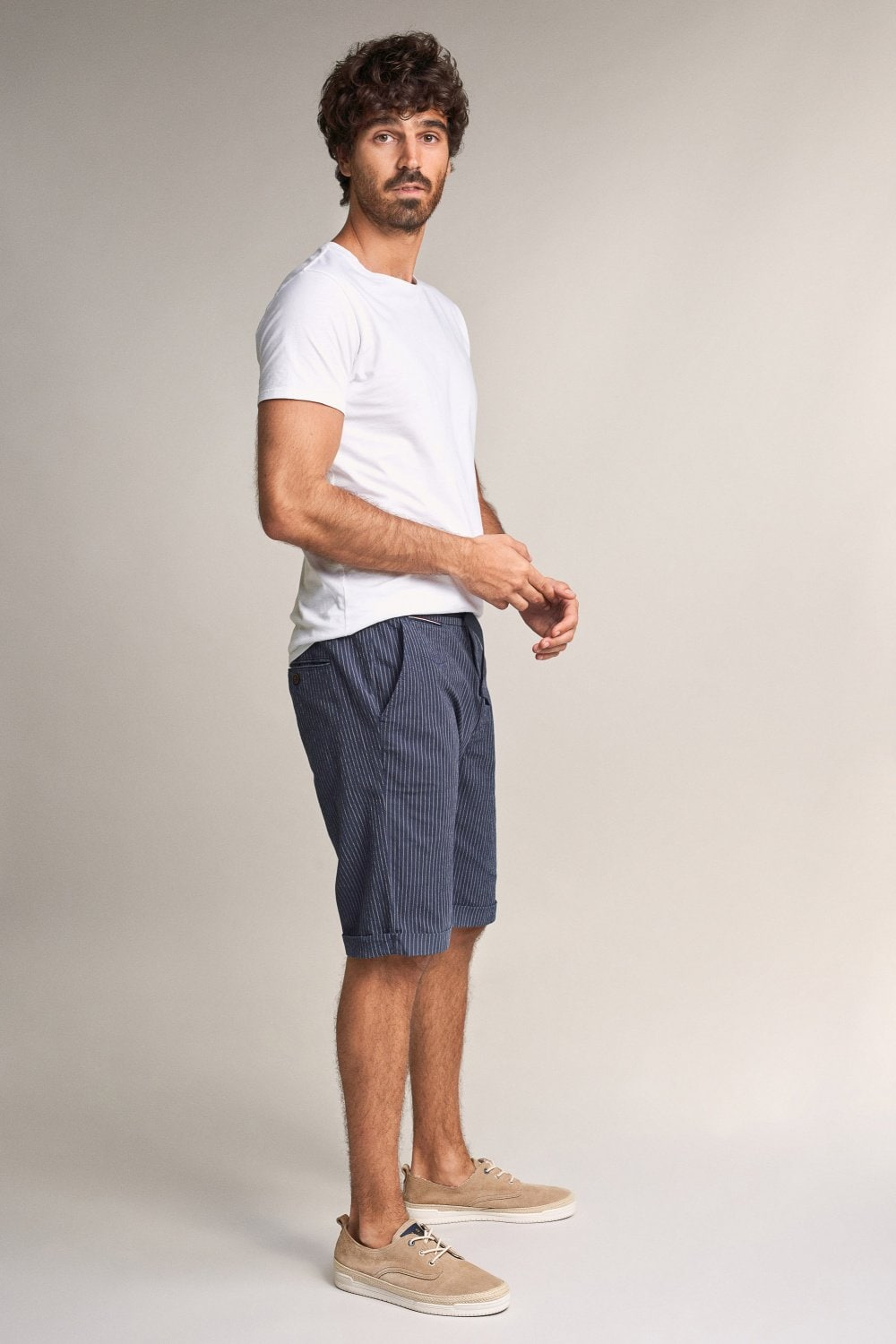 Brandon loose-fit textured shorts - Salsa