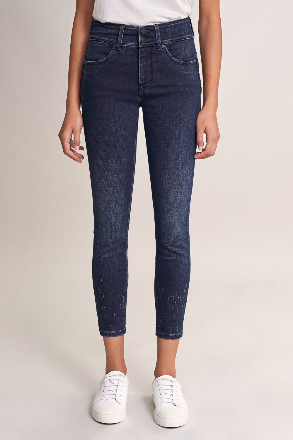 Push In Secret capri jeans with crystals on leg - Salsa