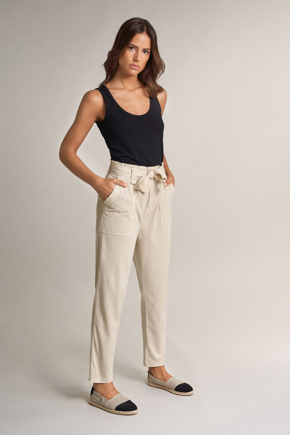 Boyfriend paper bag trousers with belt - Salsa