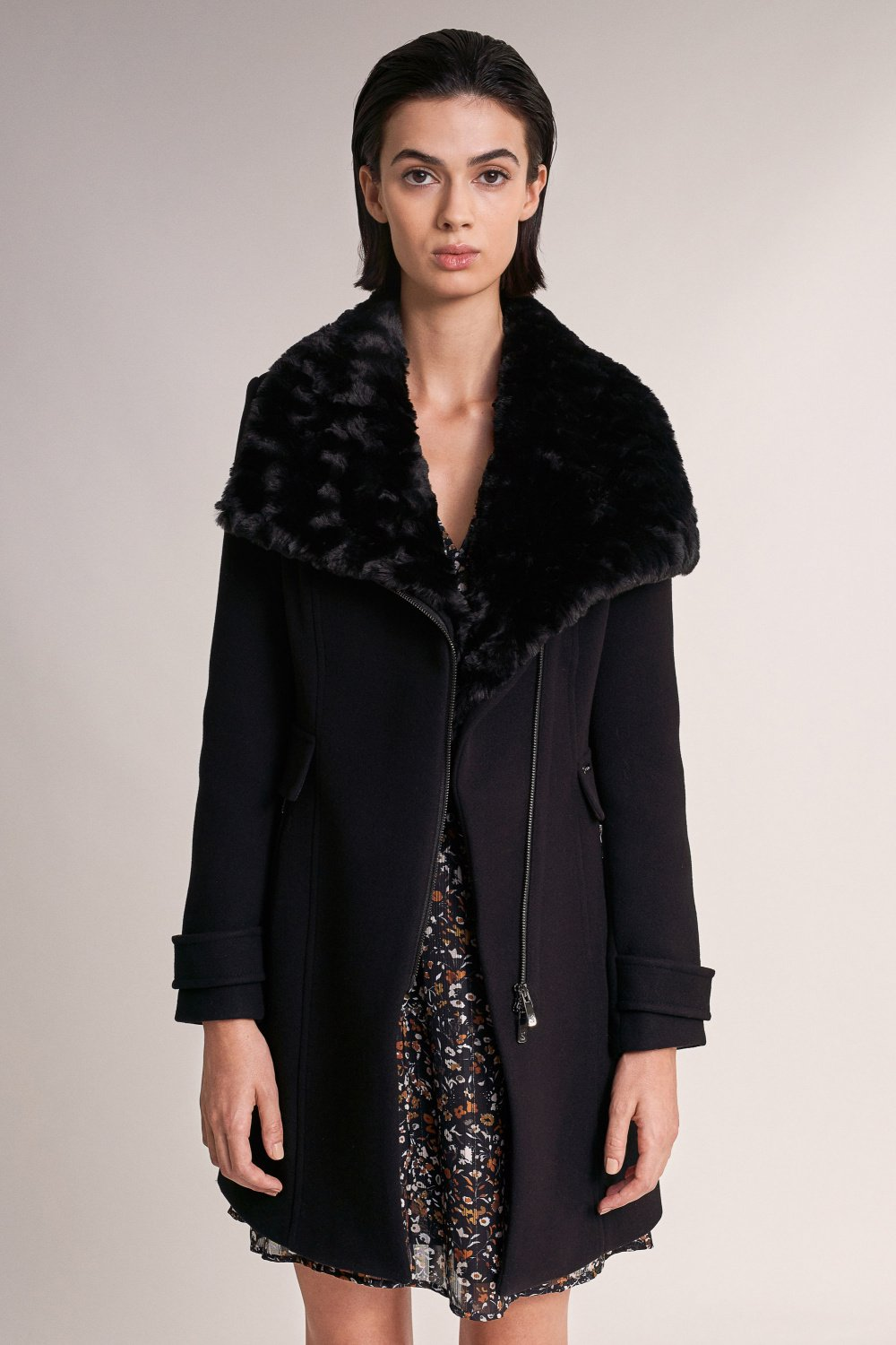 Down coat with faux fur on collar - Salsa