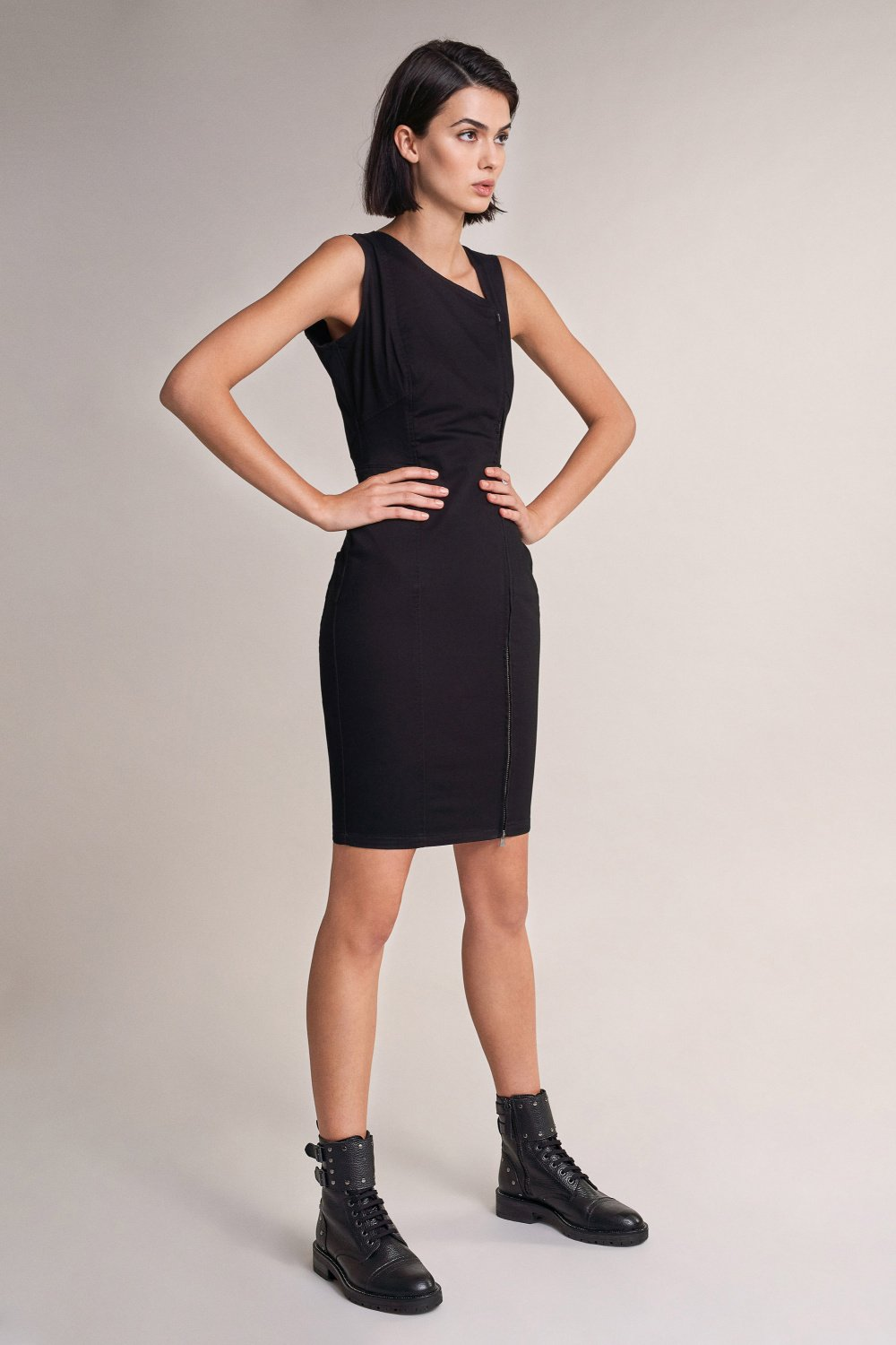 Vestido Push In fecho lateral true black - Salsa