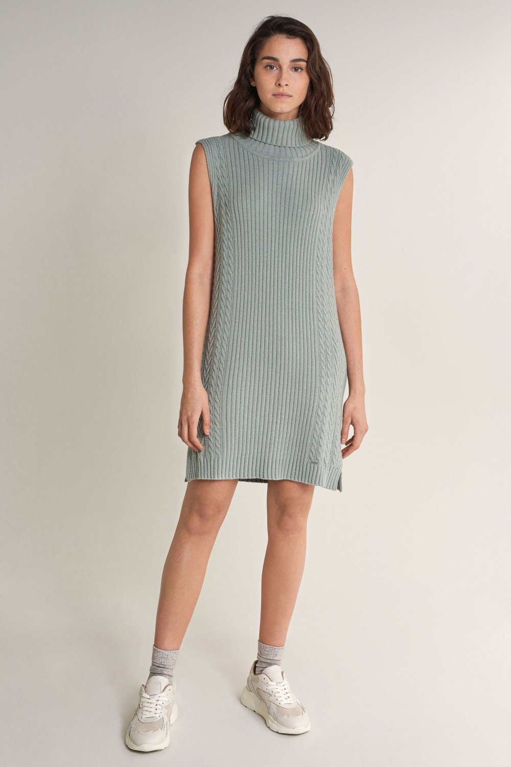 Knitted dress with collar - Salsa