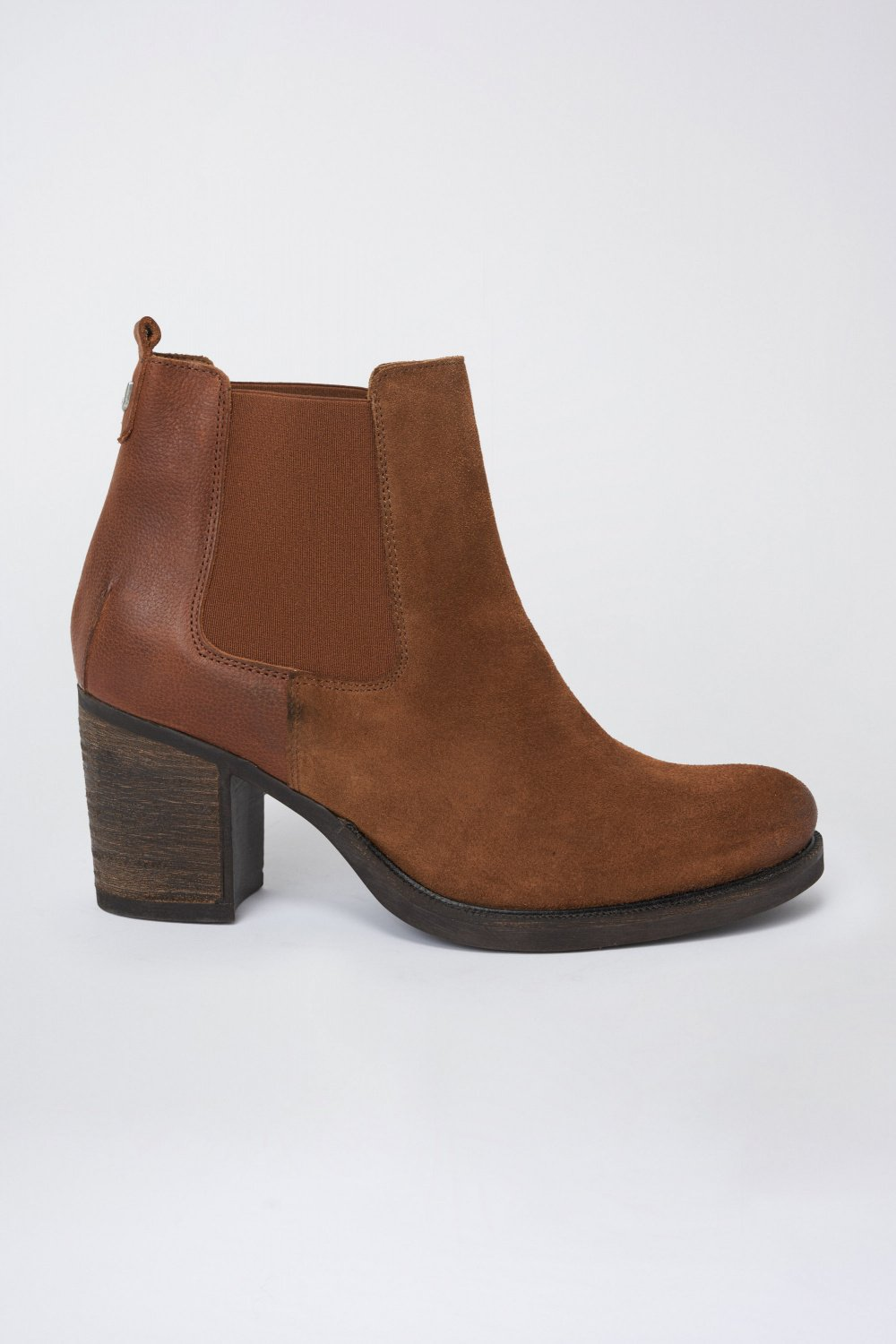 Suede ankle boot with classic heel - Salsa