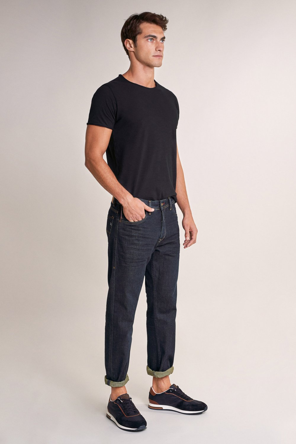 Straight loose jeans with embroidered detail - Salsa