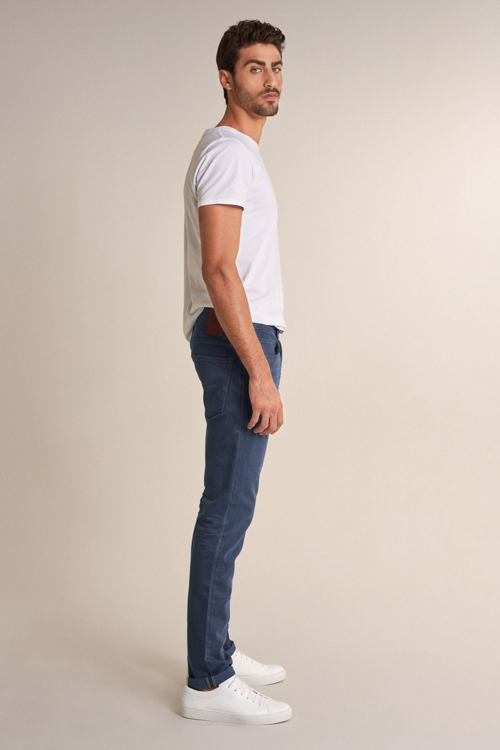 Dark tapered Lima jeans with wear effect - Salsa