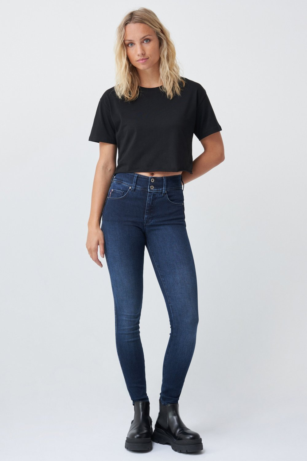 Jeans Push In Secret skinny desencolado - Salsa