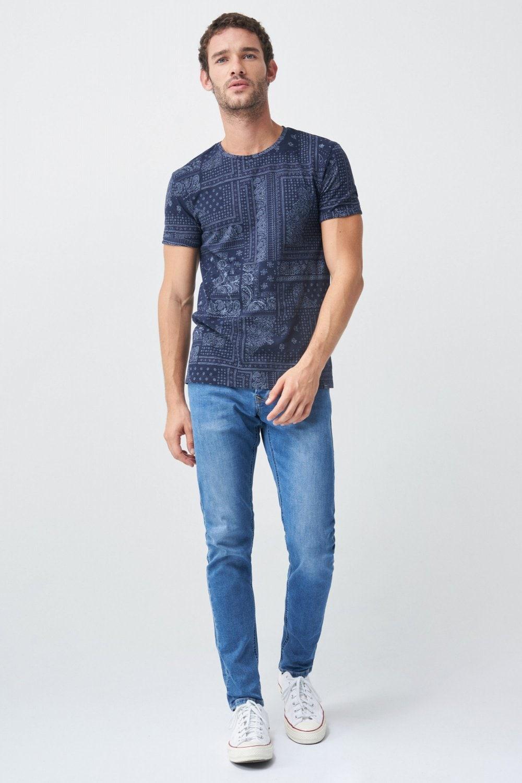 Camiseta grfica diadema